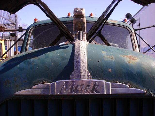 Mack Pictures